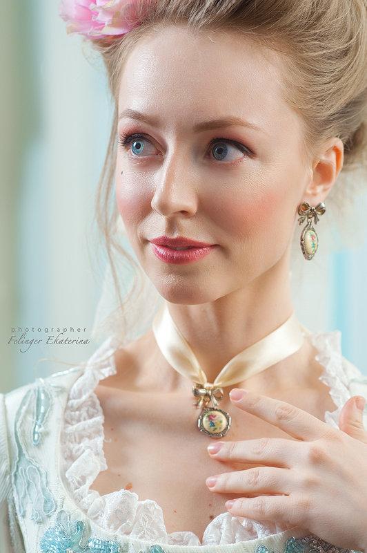 Maria Antoinette - Екатерина Фелингер