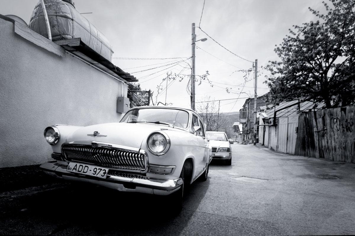 Белая Волга-мечта грузина :) - Николай