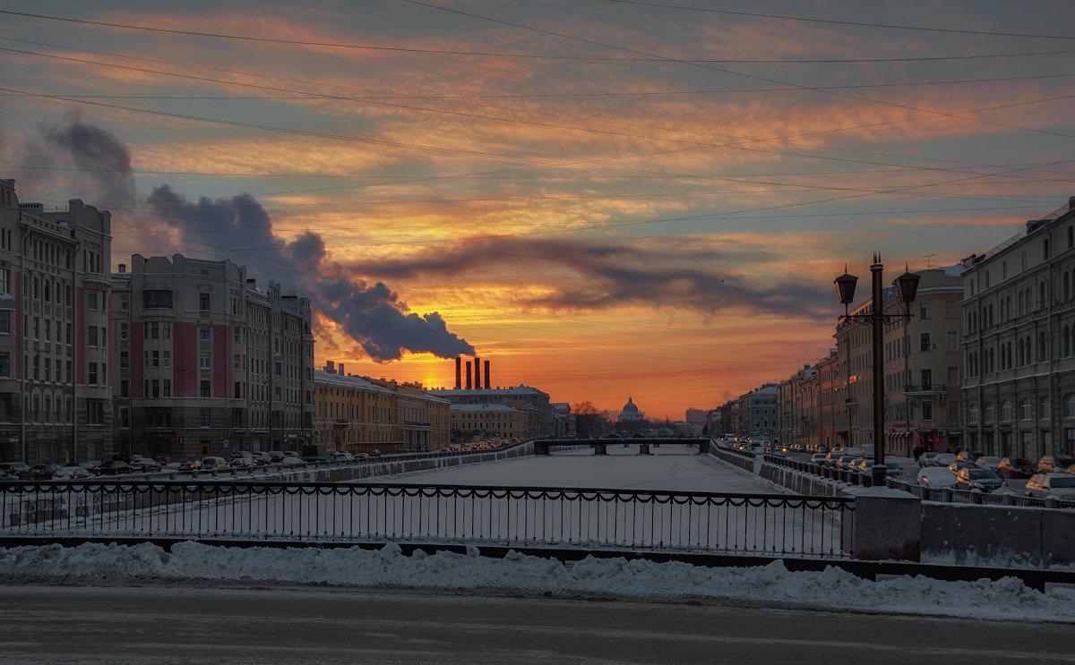 В паутине заката - Владимир Колесников