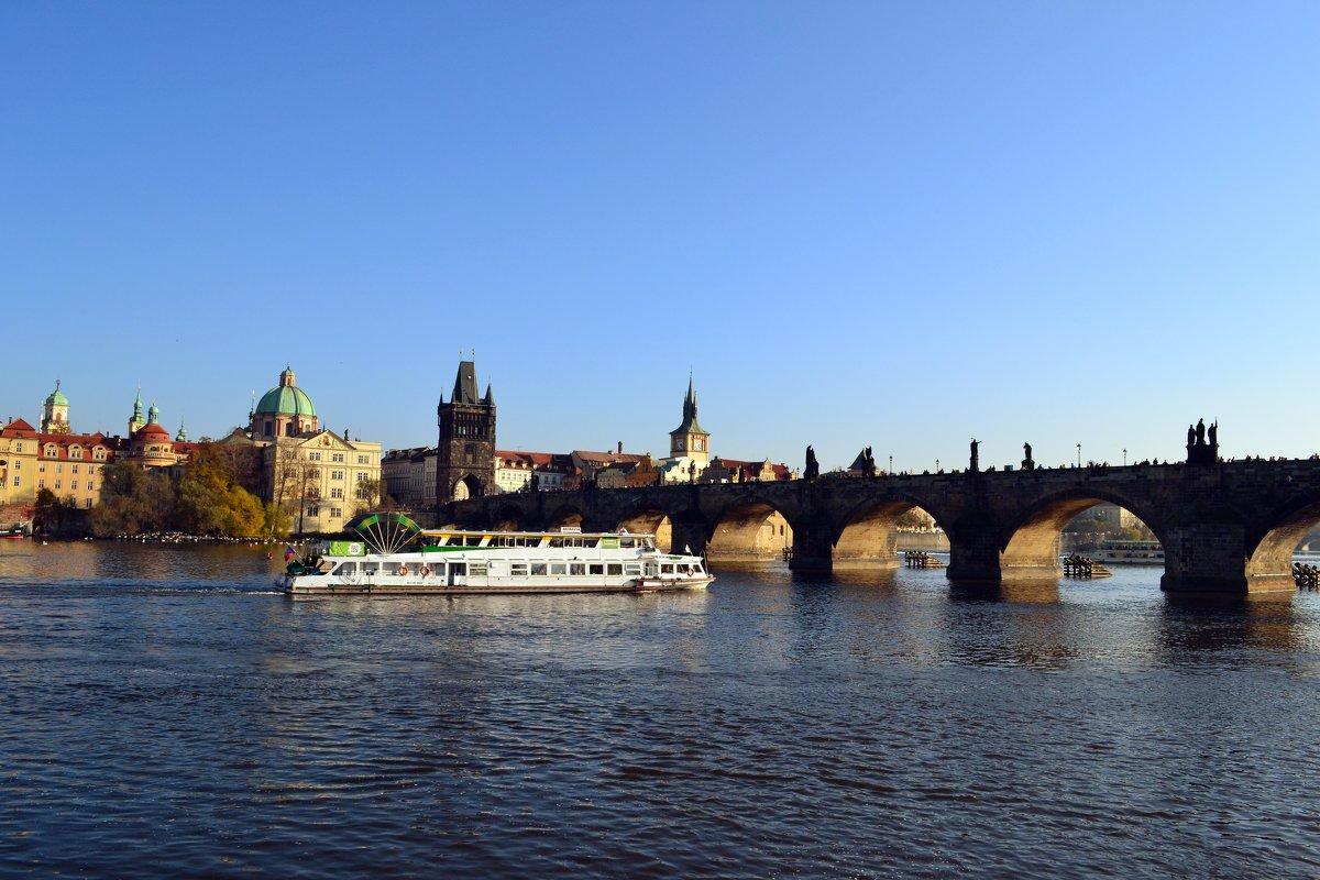 У Карлова моста - Ольга