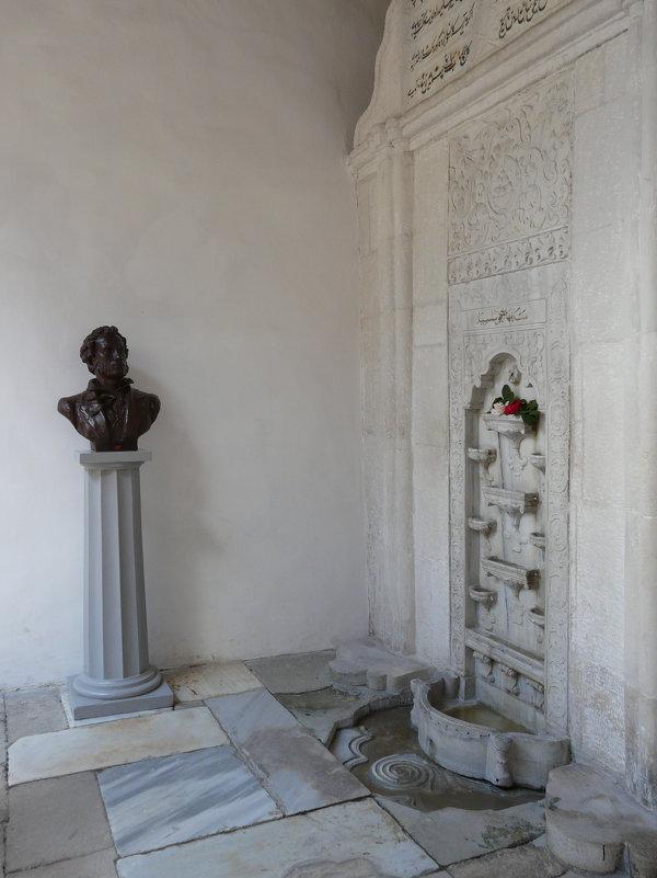 Бахчисарайский фонтан. Крым. Бахчисарай. Ханский дворец. - Анна Хоменко