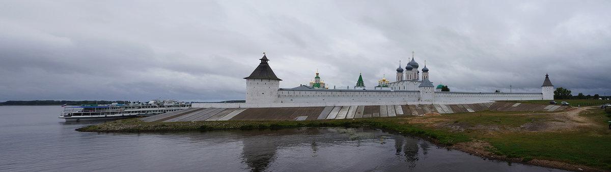 Свято-Троицкий Макарьевский Желтоводский монастырь - Татьяна Карачкова