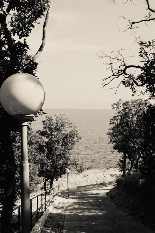 фонарь и ...море - Андрей Баканов