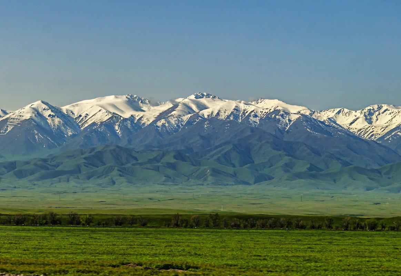 Горы Киргизского Ала Тоо - Дмитрий Потапкин