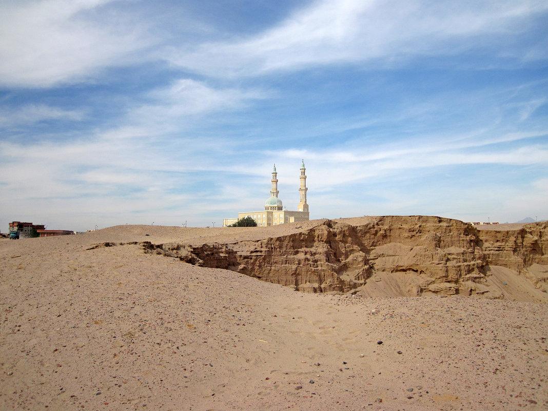 Файруз мечеть - Lukum