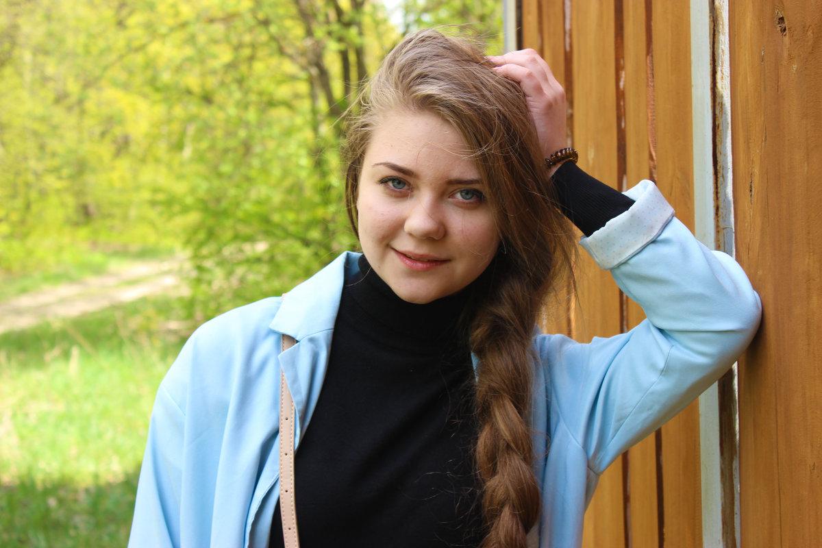 Лера - Виктория Дорошук