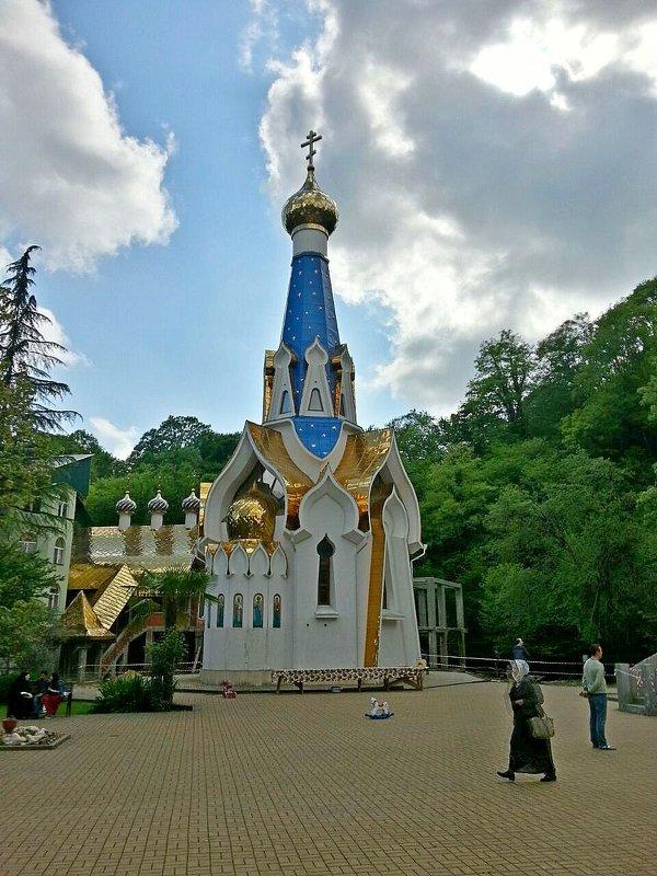 Троице-георгиевский женский монастырь - Tata Wolf