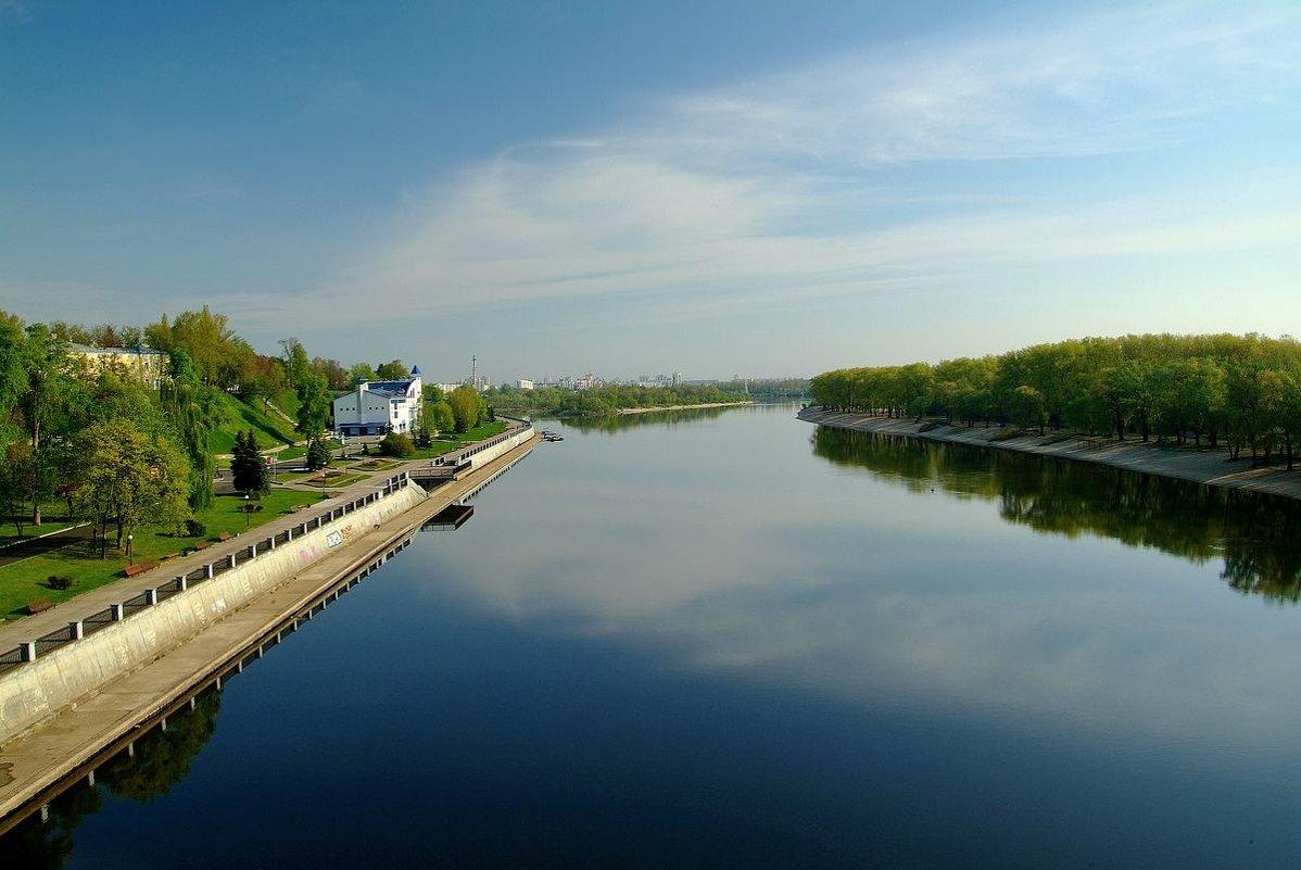 Первомайское утро,вид с моста... - Юрий Анипов