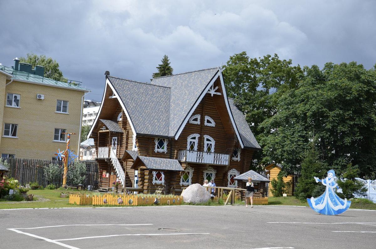 Терем снегурочки в Костроме - Михаил Радин