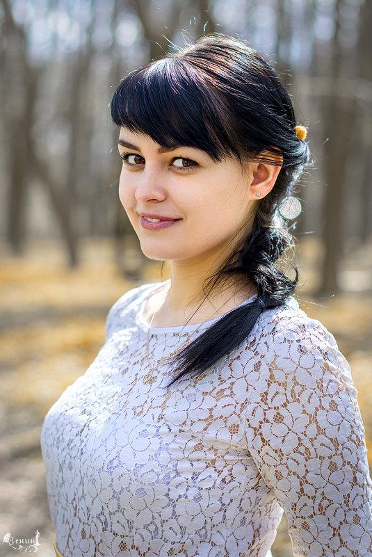 в лесу - Виктор Зенин