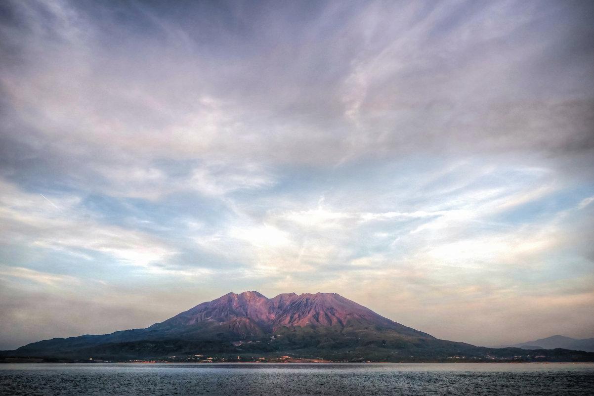 Sakurajima - Slava Hamamoto
