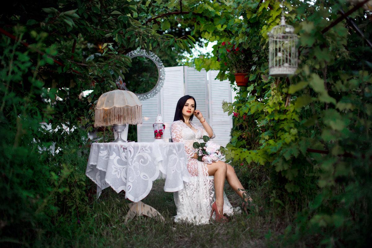 вечер в саду - вячеслав
