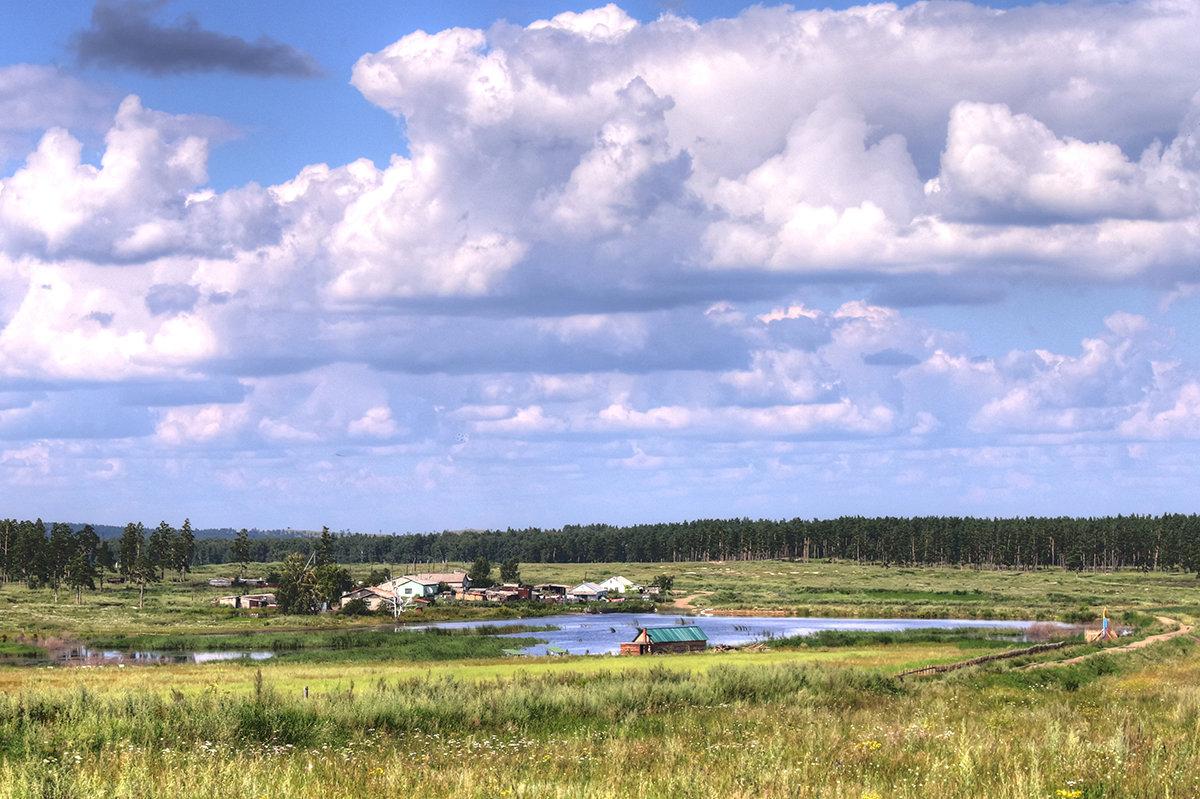 Посёлок в лесу - Сергей