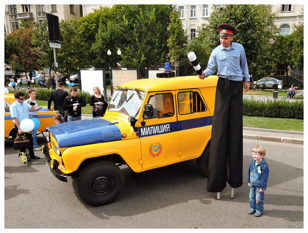 На выставке ретро-автобусов. - Денис Масленников