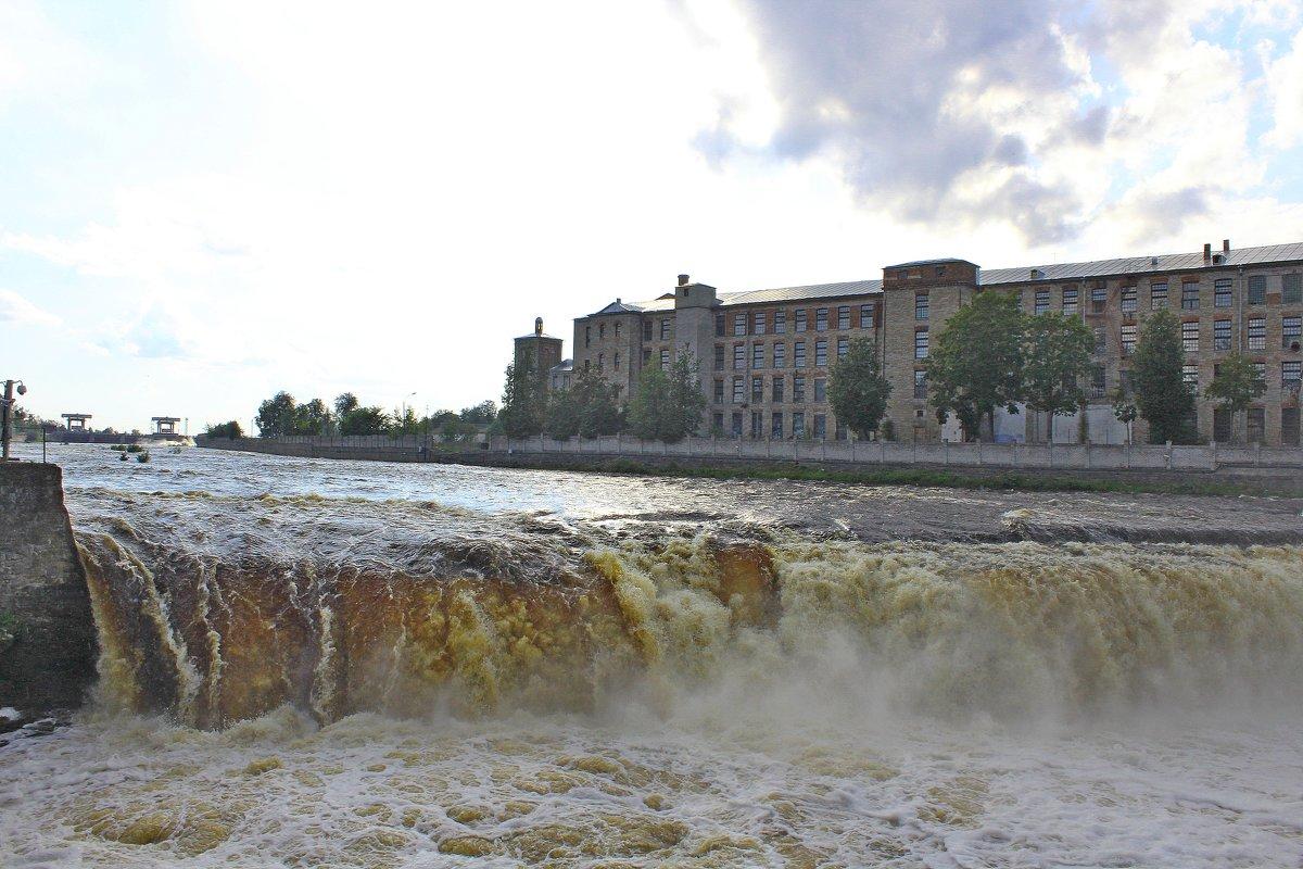 Нарвский  водопад - Vladimir Semenchukov