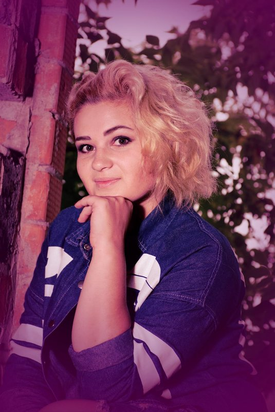 Блондинка в джинсе - Валерий Подобный