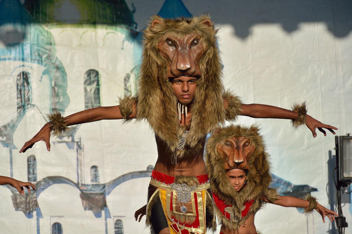 На фестивале САДКО (этюд 20) - Константин Жирнов