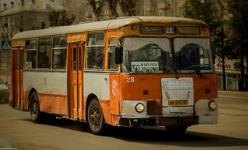 Ретро автобус! - Ирина Антоновна