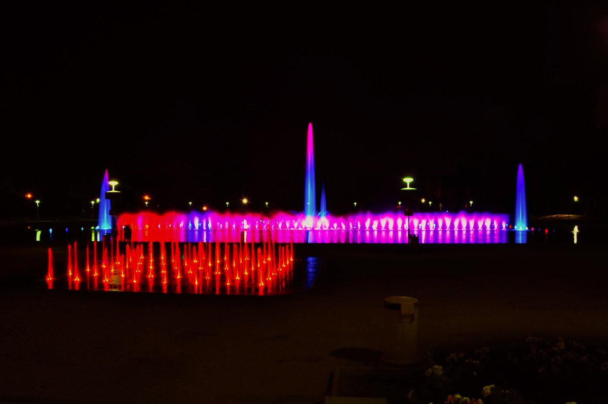 Ночной фонтан - Александр Матвеев