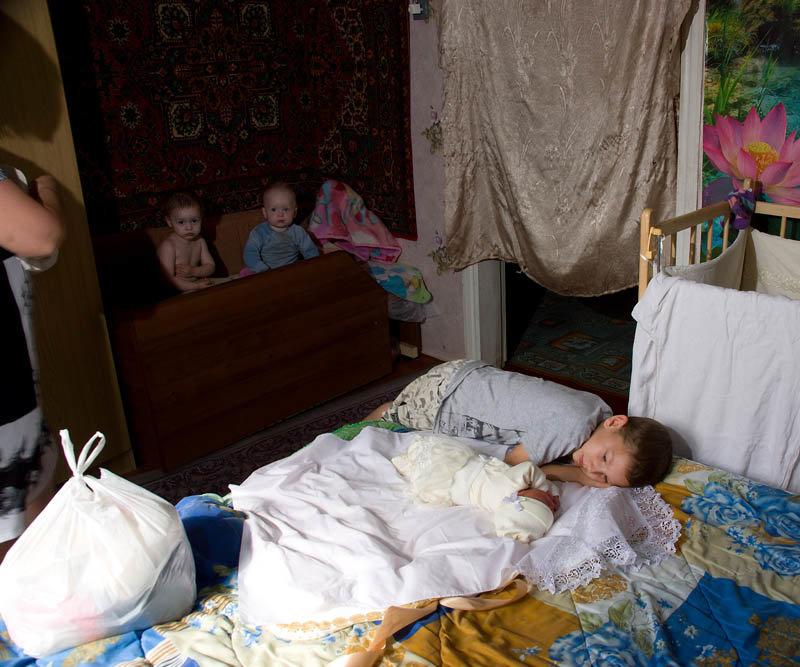 Новая младшая сестра - Владимир Дядьков