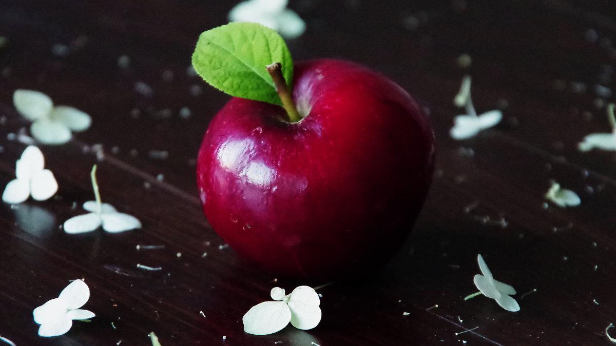 """почти """"  apple """" - Лариса Журавлева"""