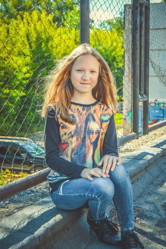 сидит на солнышке - Света Кондрашова