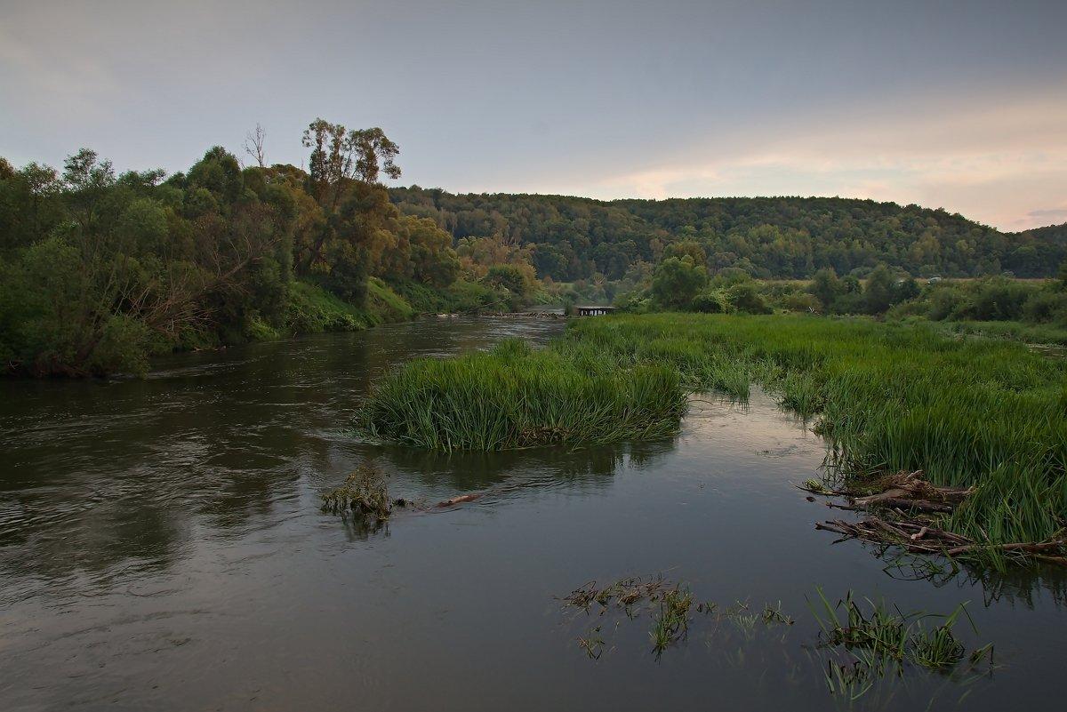 Пейзаж с рекой - Константин