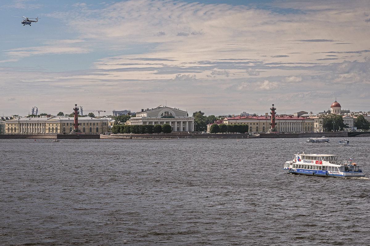 Вид на Биржевую площадь (Санкт-Петербург) - Борис Гольдберг