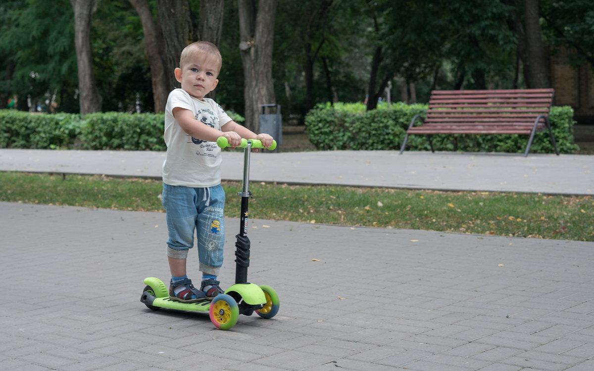 Серьёзный мальчуган - Клаус