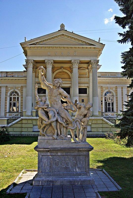 Скульптурная группа «Лаокоон и его сыновья». - Александр Корчемный