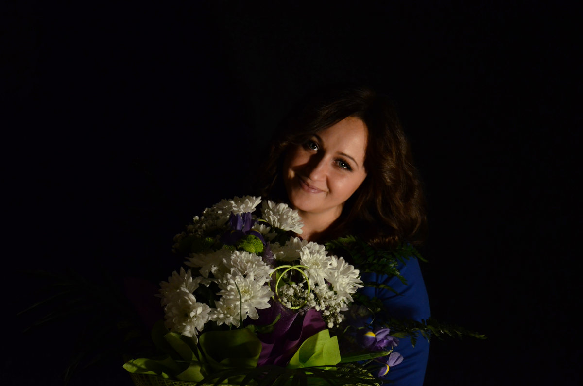 Девушка с букетом - Татьяна Евдокимова