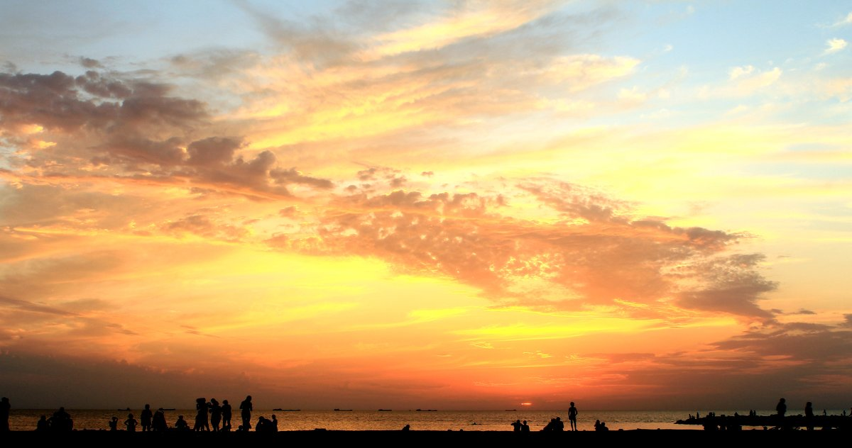Закат над Таганрогским заливом - Михаил Аленин