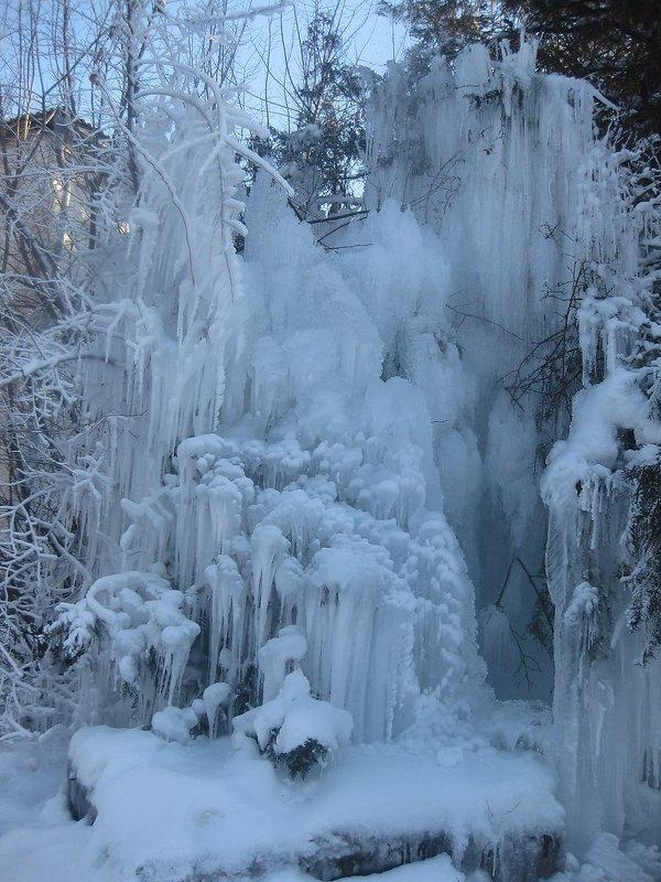 Снежный водопад - МИЛА Иванова