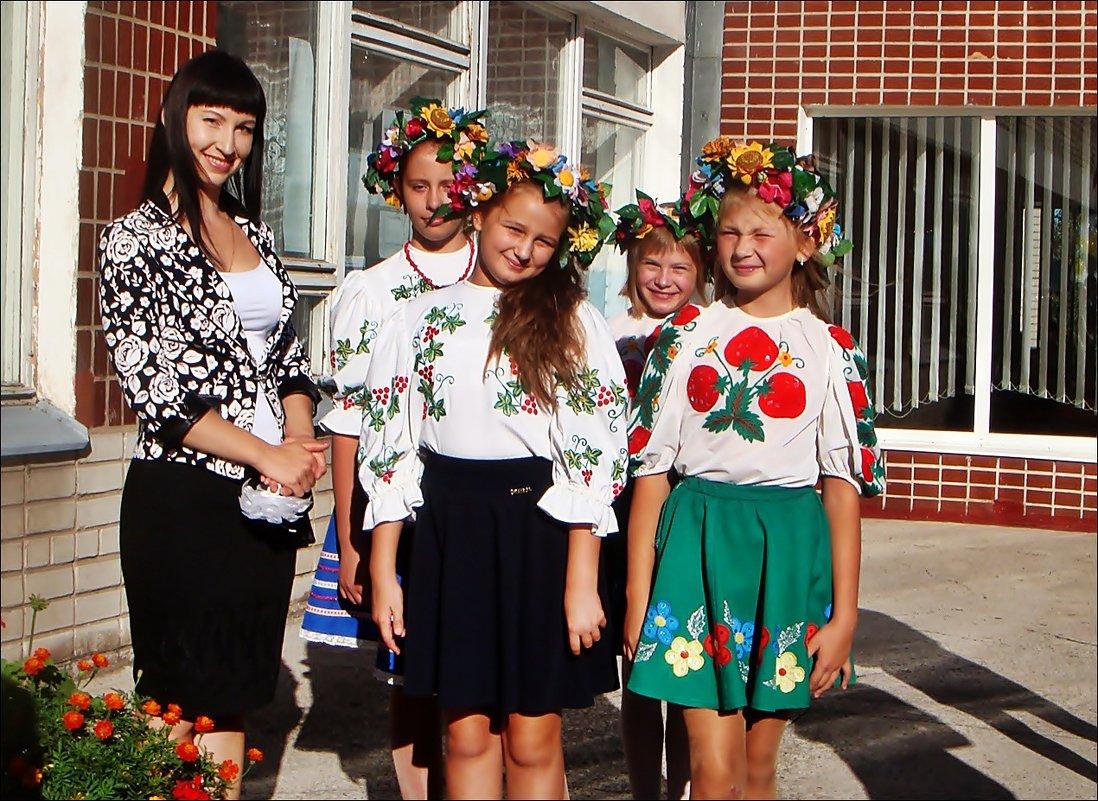 Танцевальный ансамбль - Нина Корешкова