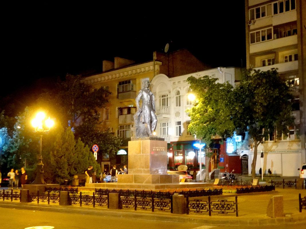 Памятник А.С.Пушкину в Ростове-на-Дону... - Тамара (st.tamara)