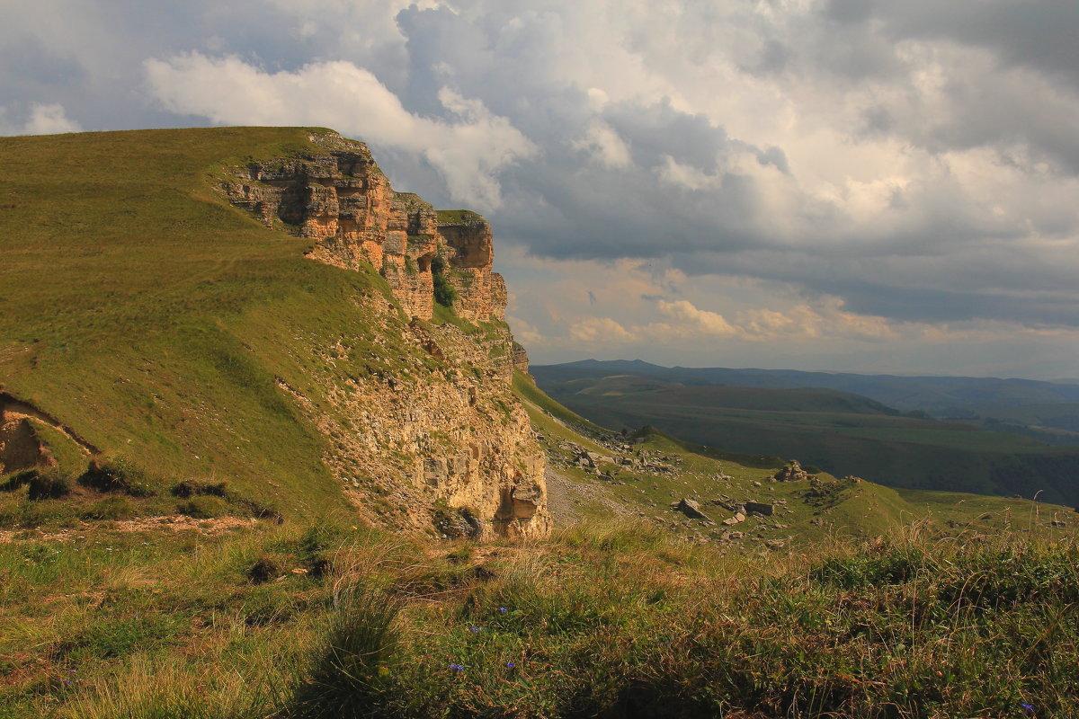 Скалистый хребет. Перевал Гумбаши. - Vladimir 070549