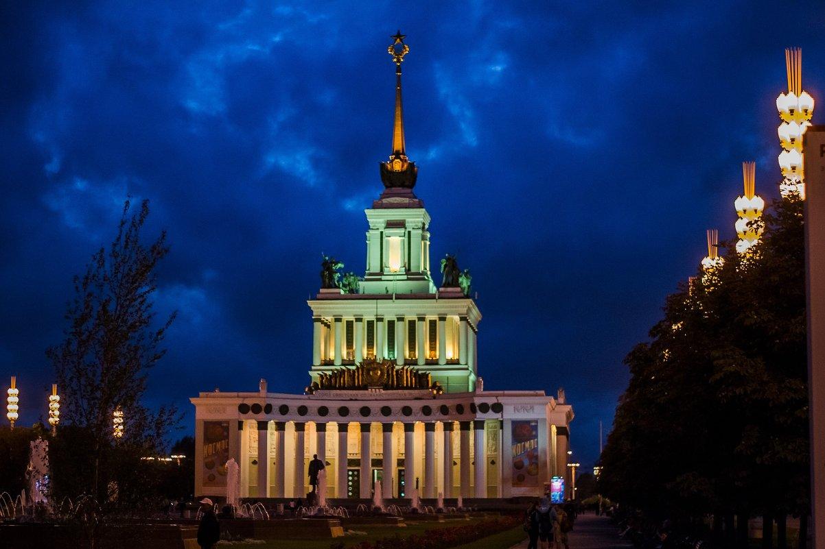 Ночной вднх - Александр Абакумов