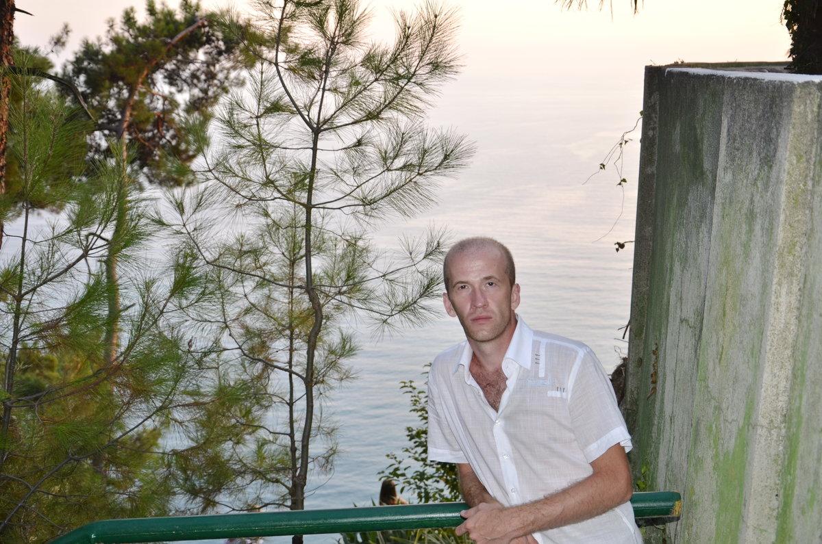 300 м над уровнем моря - Михаил Радин