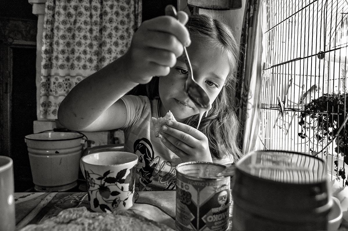 А я намажу блин сгущёнкой, вкуснее блюда просто нет - Ирина Данилова
