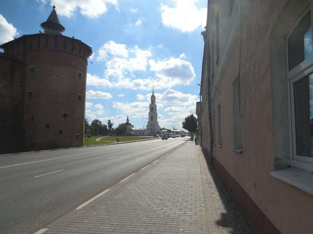 Улица  в Коломне - Мила