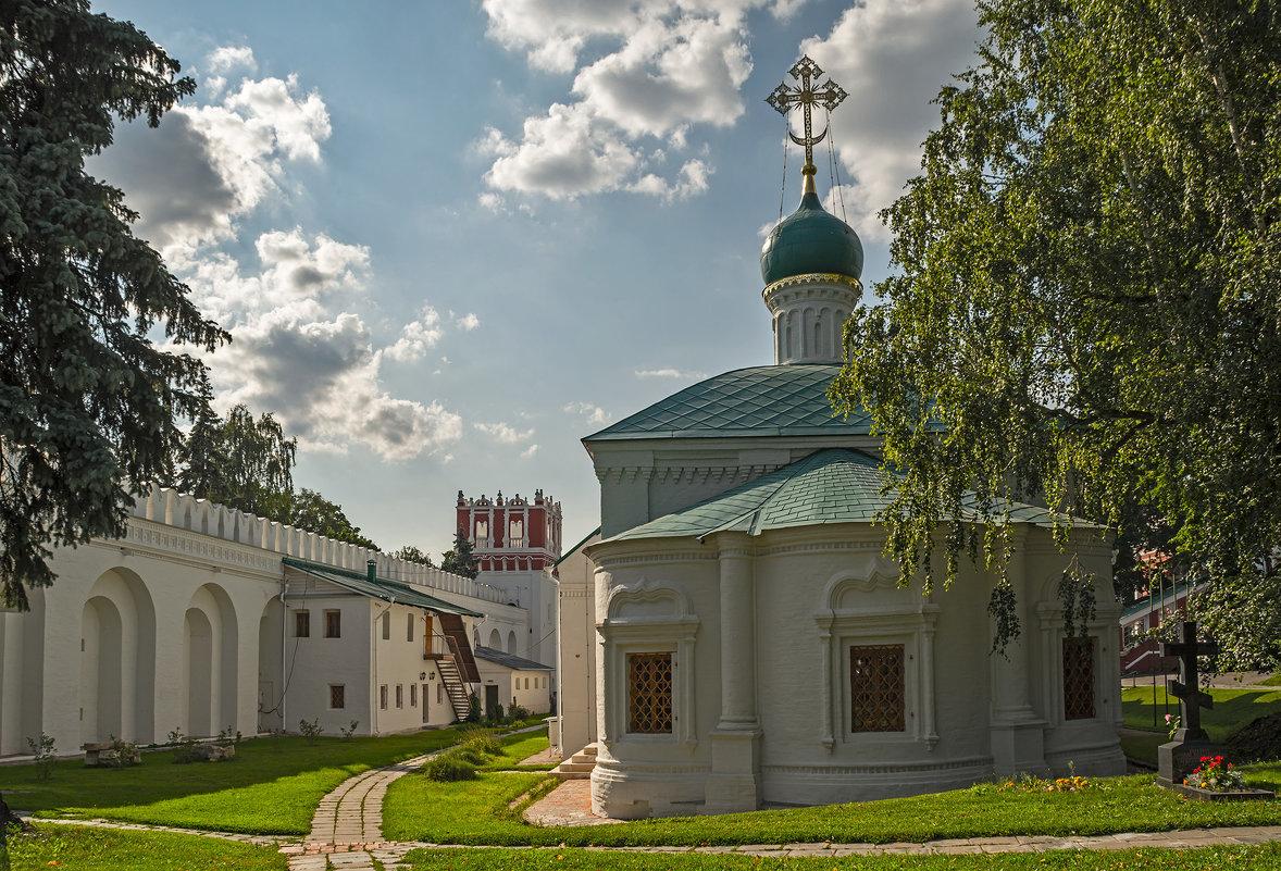 Новодевичий монастырь, церковь Амвросия, епископа Медиоланского - Владимир Демчишин