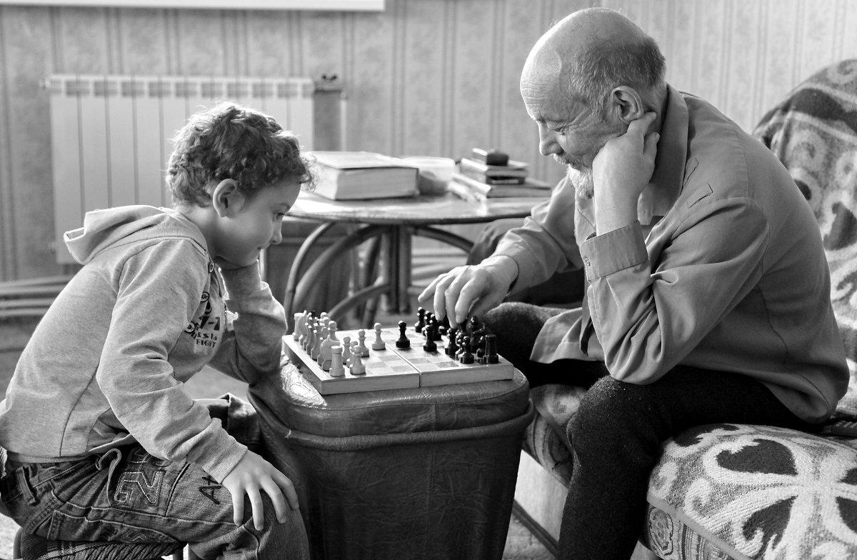 дед и внук... - Олег Петрушов