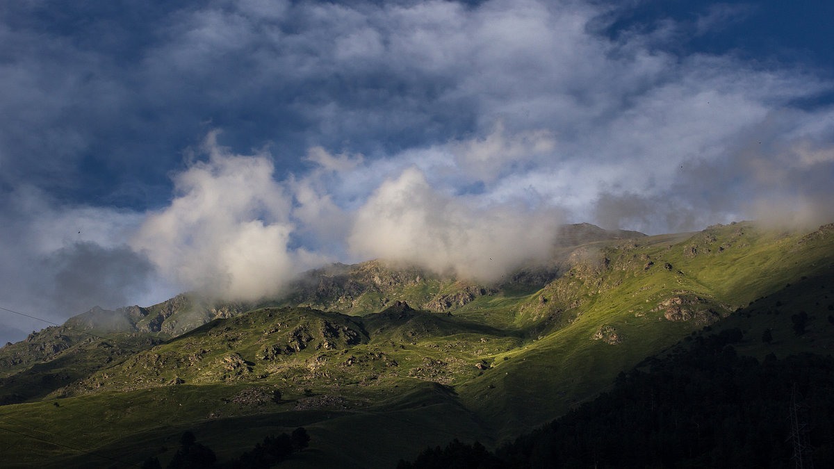 IMG_4777 облака над вершиной - Олег Петрушин