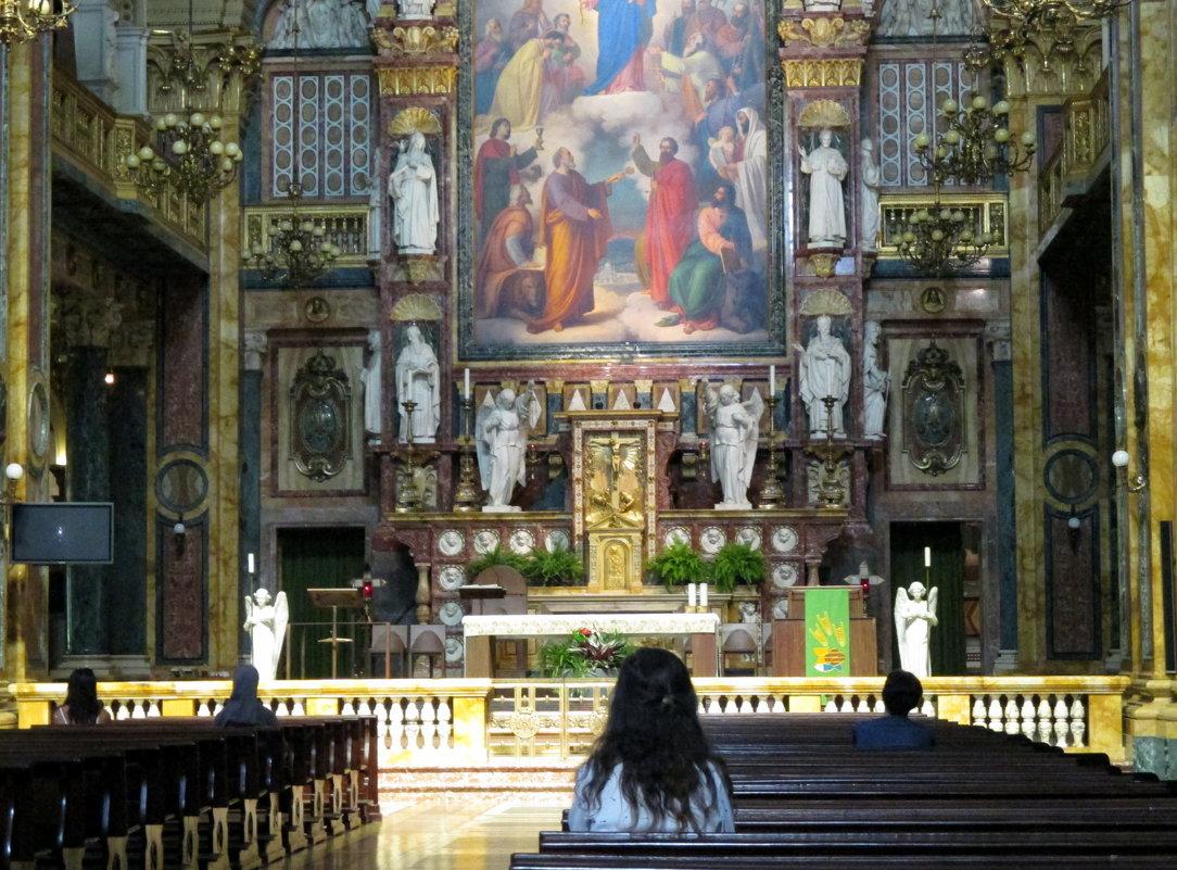 В тиши собора обретёшь покой........... - Наталья Пономаренко