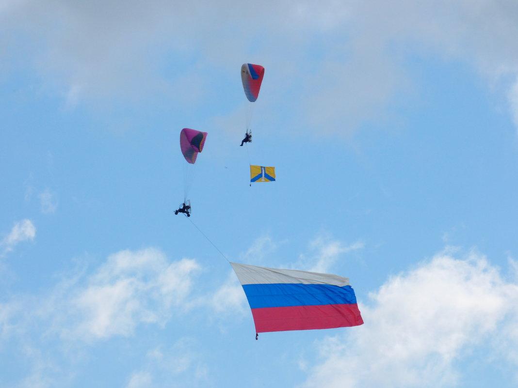 Начало Аэрофестиваля  на аэродроме Северка. - Alexey YakovLev