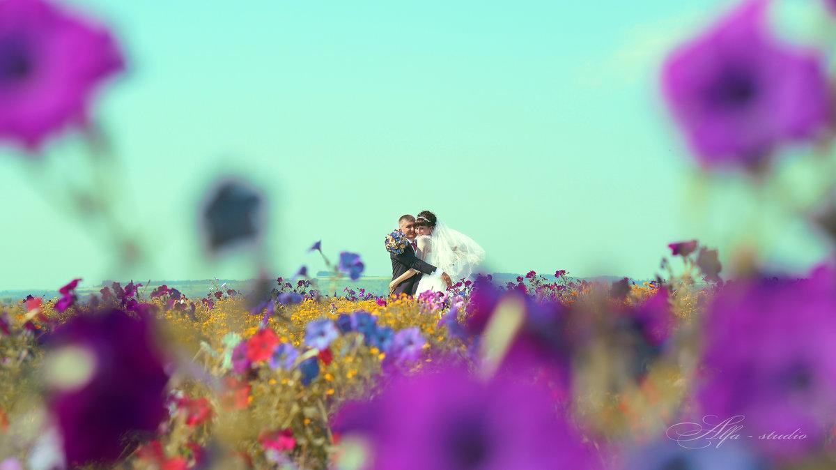 В цветах - Юлиана Филипцева