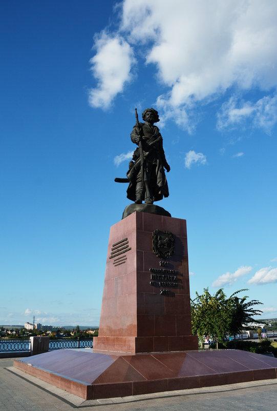 Памятник первопроходцам - Наталья Покацкая