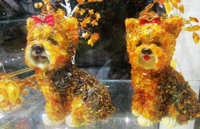 Собачки из янтаря - татьяна