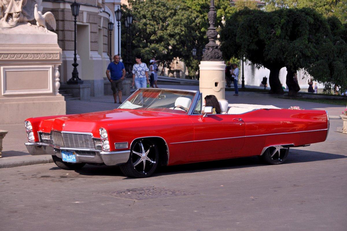 Красный автомобиль* - Юлiя :))