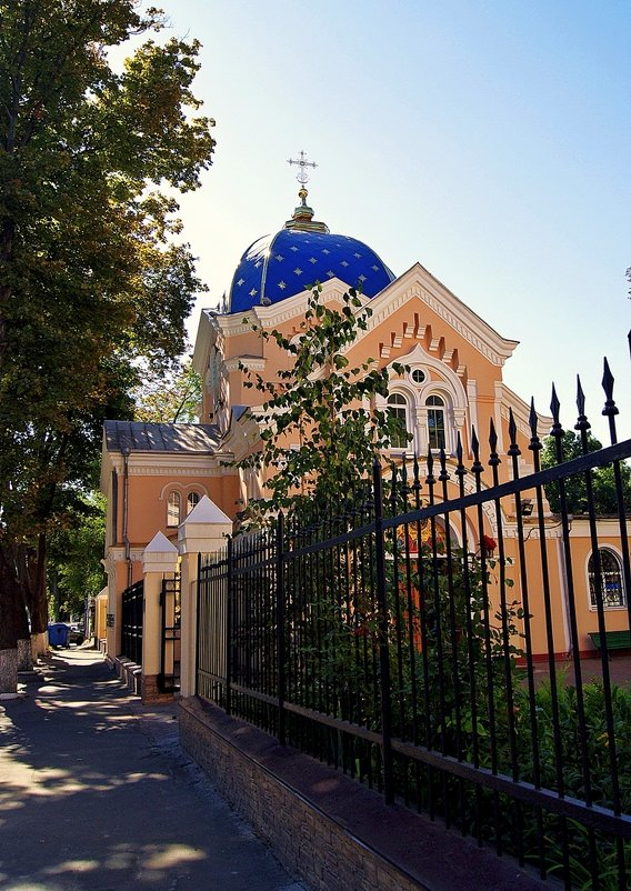 храм Адриана и Натальи - Александр Корчемный